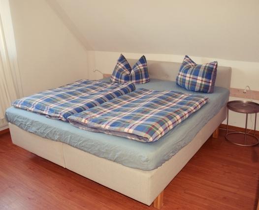 Wohnung 9 Schlafzimmer Hof Schlossblick